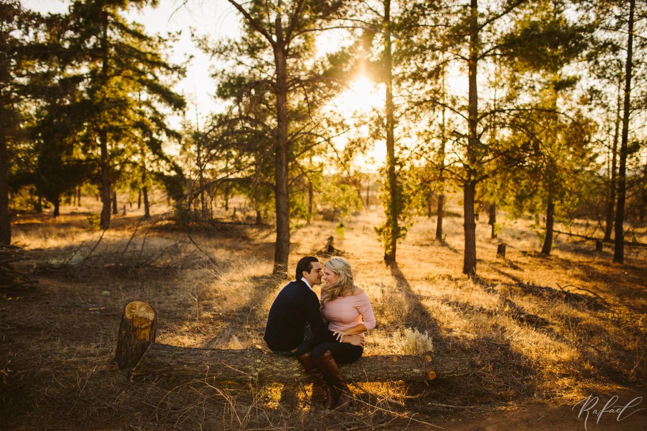 Aly-&-Jon-engagement-0057